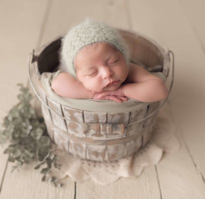 newborn girl, newborn, baby in a basket