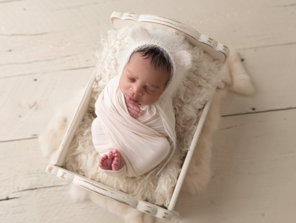 newborn, newborn boy, baby in cradle