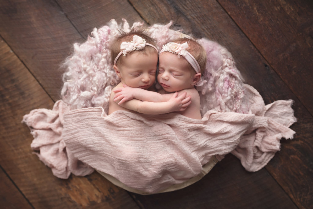 twins, newborn, twin newborns, sisters